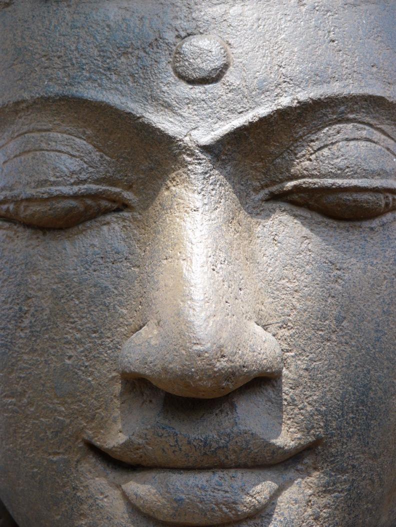 Buddhas Face - Gelassenheit durch Embodiment