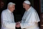 Trifft der Papst einen Papst ...