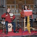 Neunkirchen Seelscheider Gospelnacht 2013 Kwa moyo, mit Jan-Philipp Tödte ( Talking drum) und Ate Damm (Gitarre und Gesang)