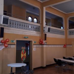 Eingangsbereich mit Empore...