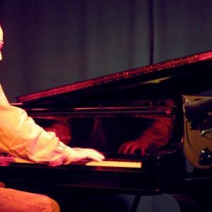 """Mit Milan musizierten wir Anfang der 2000er Jahre bei der Band """"United Blues Artists""""...Milan war ein gefragter Studiopianist und spielte jahrelang bei der herausragenden Formation """"Pass over Blues"""". Foto by Pass over Blues"""