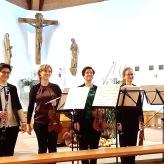 Stefanie Hofmann, Flöte     Franziska Hofmann, Klarinette     Julia Schleicher, Violine     Susanne Jablonski, Violine     Anna Pommerening, Viola     Johannes Weber, Cello