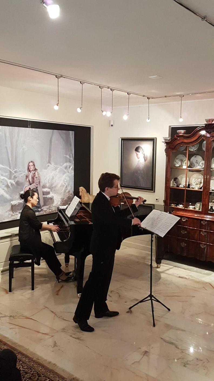 Sergei Bolotny violin Keiko Sakuma piano Huis voor de Kunst Veendam Concert 2016 photo Helma Leutscher