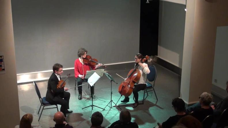 Tring Trio Sergei Bolotny violin Ulrike Adam alt Noelle Weidmann cello