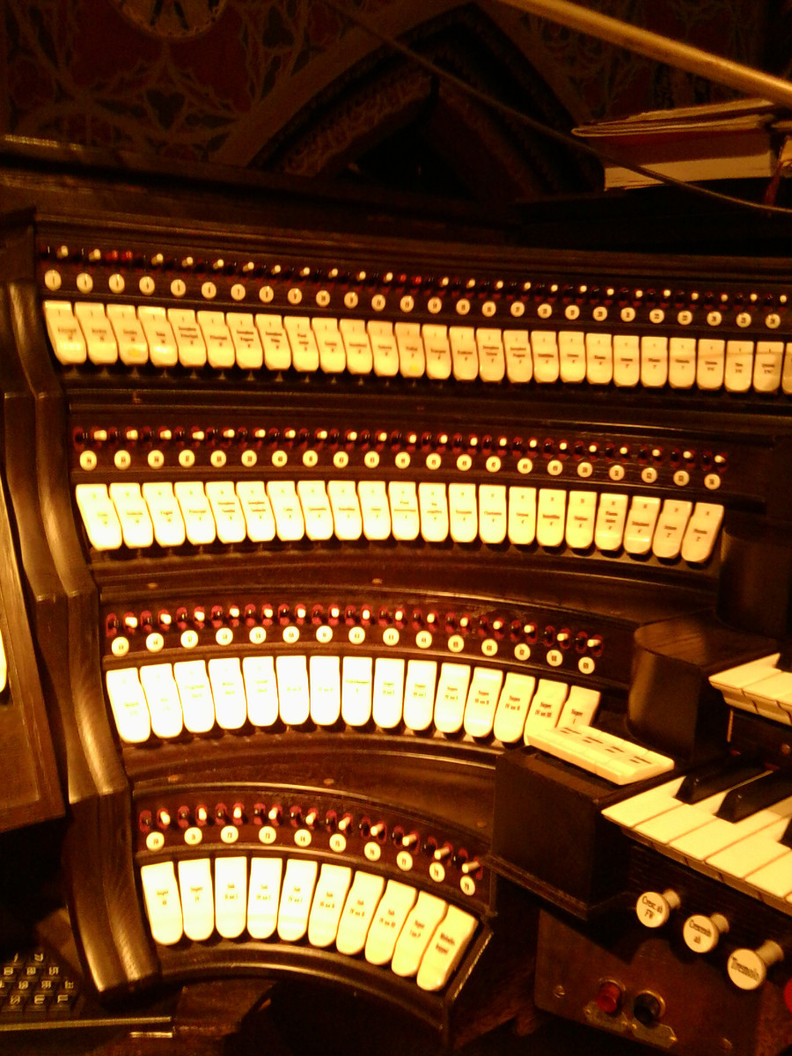 Register der Orgel in der Marienbasilika Kevelaer