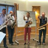 Saxophon Workshop mit Saxmaster Stefan Lamml Improvisieren lernen Effekte lernen, auswendig spielen,  Blues spielen, 4 stimmiges Zusammenspiel Ryhtmik und Phrasierung