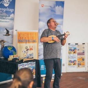 Wattinspektor Willi in Aktion beim Zugvogelfest 2019