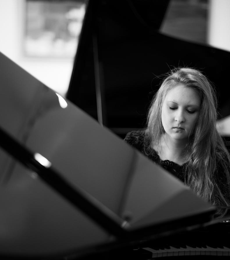 Alla_heiland__pianistin__klavier__klavierunterricht__bremen__verden
