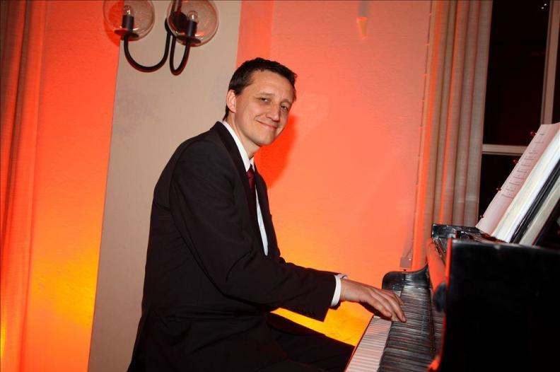 Kirschstein Barmusik Klavier Gesang