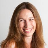Yvonne Zürcher, Finanzen