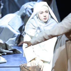"As Suor Genovieffa in G. Puccini´s ""Suor Angelica"" (Bayerische Staatsoper, München). Photo by W. Hösl."