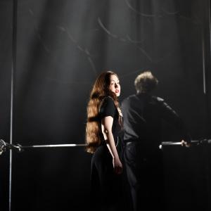"""Als Sopran in J. S. Bachs """"Matthäus-Passion"""" (Hessisches Staatstheater Wiesbaden). Foto von Karl und Monica Forster."""