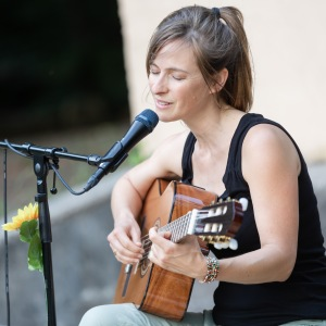 Isabel Jasse_Singer/Songwriter9